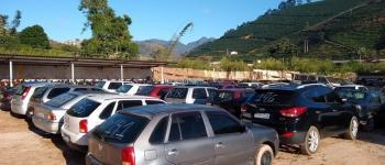 Veículos vão para leilão em Manhumirim