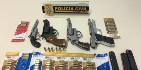 Investigações levam PC a prender homem com armas e munições em Guaçuí