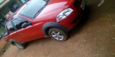 Fiat Strada é roubada a mão armada em Carangola