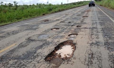 Crateras na MG 111 trazem transtornos, riscos e prejuízos aos motoristas