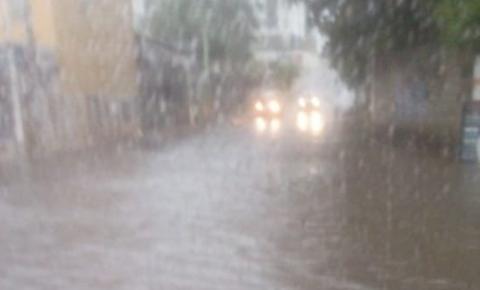 INPE emite alerta de chuva forte no Caparaó Capixaba