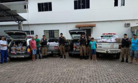 Polícia Militar Doa Cestas Básicas à Famílias Carentes em Espera Feliz