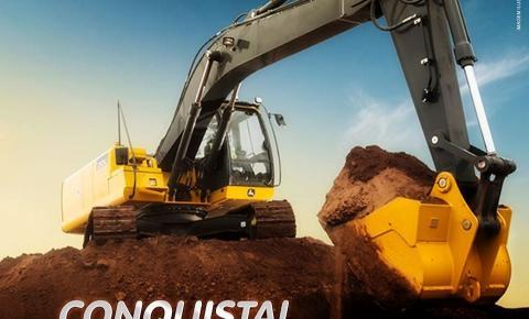Dores do Rio Preto recebe nova escavadeira hidráulica