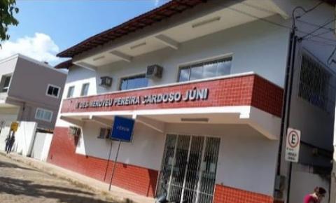 Dores do Rio Preto promove carreata contra o fechamento do Fórum