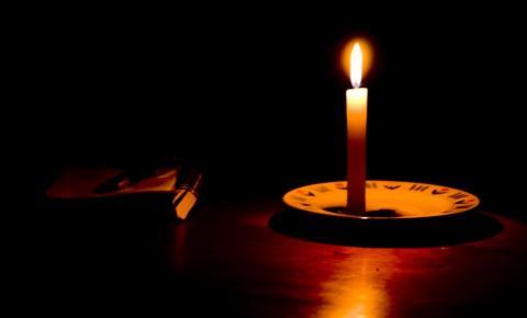 Moradores de Dores do Rio Preto ficam sem energia nesta segunda-feira (6)