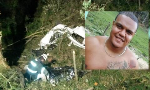 Jovem morre em grave acidente na BR 482 em Dores do Rio Preto