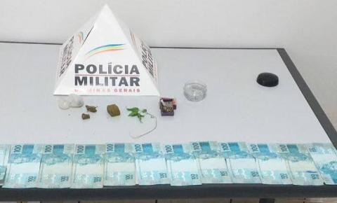 PM apreende dinheiro e drogas no Centro de Caiana