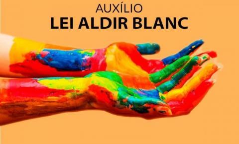 Gabinete Itinerante da Cultura promove orientação sobre a Lei Aldir Blanc no Caparaó