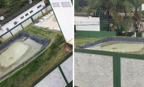 Moradores de Dores do Rio Preto reclamam de mau cheiro causado por lagoas de efluentes de laticínio