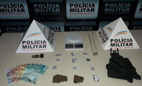 PM de Carangola prende 02 homens por tráfico de drogas durante operação