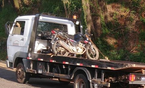 PM recupera moto roubada em Manhumirim