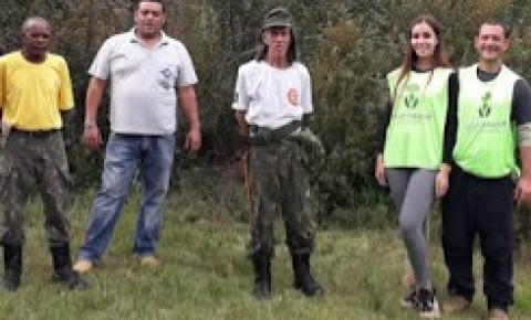 Brigadistas voluntários da Ecobrigada de Espera Feliz realizaram um trabalho de limpeza das trilhas no Parna Caparaó