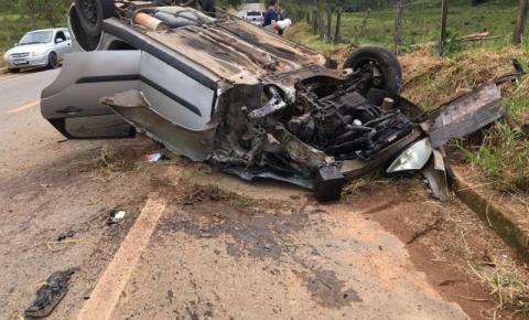 Grave acidente com vítimas fatais em estrada de Dores do Rio Preto