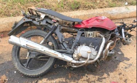 Pai e filha morrem em acidente na BR 482 em Dores do Rio Preto
