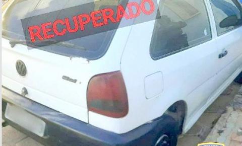 PM recupera veículo roubado em Guaçuí