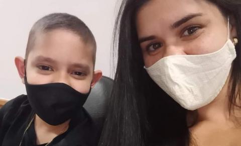 Família faz campanha em busca de doador de medula óssea para menino de 12 anos em Manhuaçu
