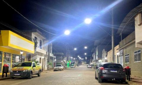 Prefeitura de Caiana realiza a segunda etapa do projeto de troca de lâmpadas por luminárias de LED