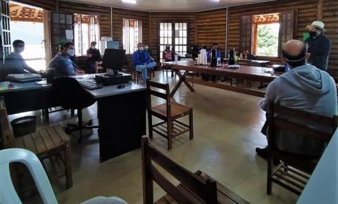 Ibatiba sedia primeira reunião para implantação do Polo de Fruticultura do Caparaó