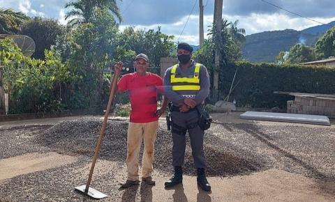 PM realiza operação colheita em Dores do Rio Preto