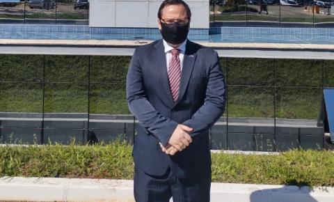 Presidente da OAB de Guaçuí vai à Brasília para defender permanência de comarcas no interior do estado