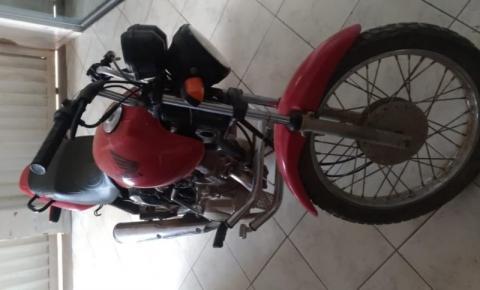 PM recupera moto furtada em Caparaó