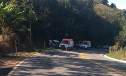 Dois adolescentes morrem em acidente na BR 482 em Alegre ES