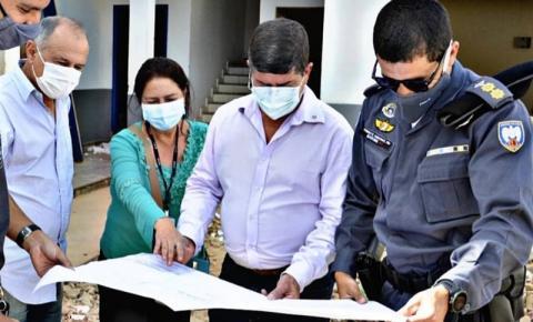 Comandante do 3º Batalhão visita obra de reforma e ampliação da 2ª Cia em Guaçuí