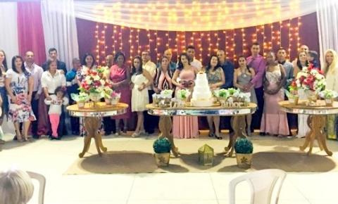 Dores do Rio Preto realiza casamento comunitário